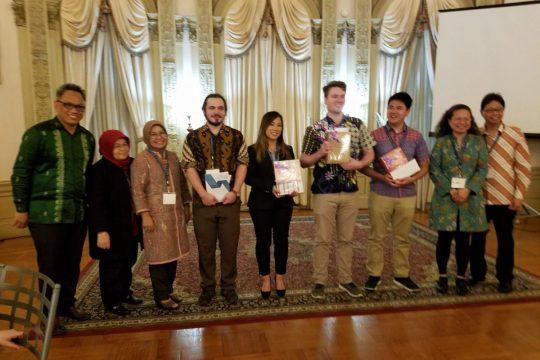 Srikandi Indonesia Mengajar Bahasa Indonesia di Washington